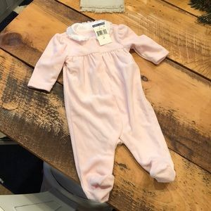 NWT 3 month heavy onesie with cute collar detail